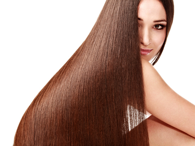 Кератиновое выравнивание волос