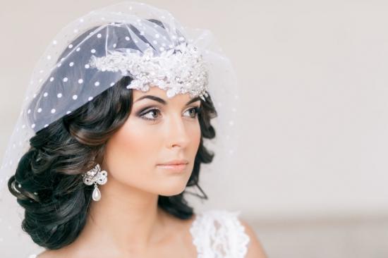 Свадебные причёски и макияж