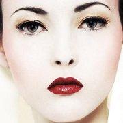 Смотреть Правильный макияж для женщин после 50 видео