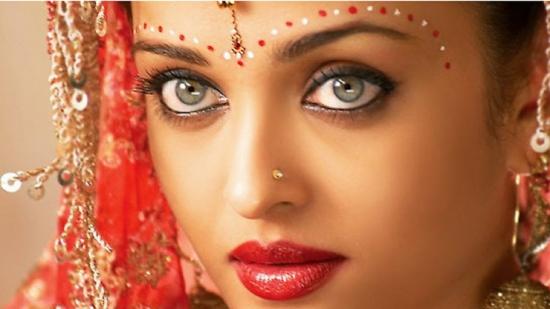 Как красят губы современные индианки фото 236-226
