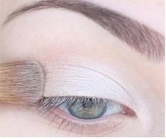 Дневной макияж для зелёных глаз пошагово