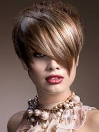 Стильные причёски на короткие волосы