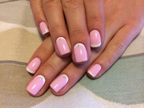 Розовый дизайн ногтей фото