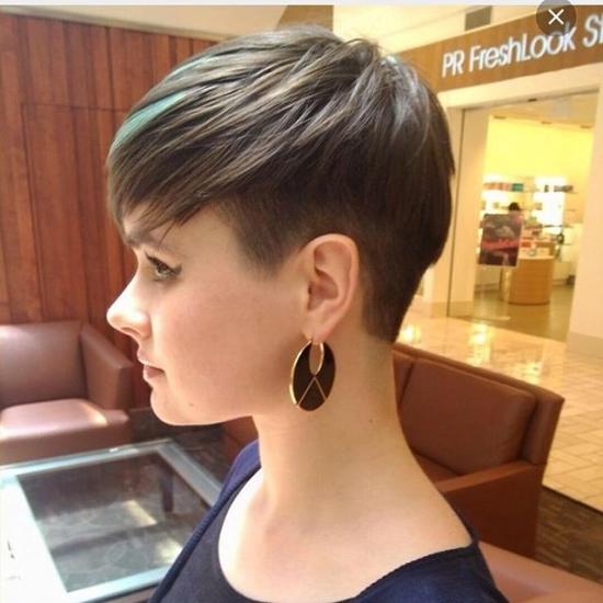 Модные стрижки на тонкие и редкие волосы