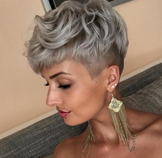Причёски на редкие короткие волосы фото