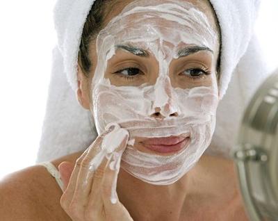 1545430935_fc39 Как сделать очищающую маску для лица самостоятельно